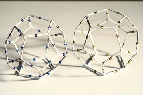 ワイヤーで作る正12面体模型
